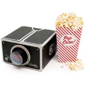 original_smartphone-projector-and-popcorn-gift-set