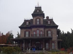Phantom_Manor_Disneyland_Paris